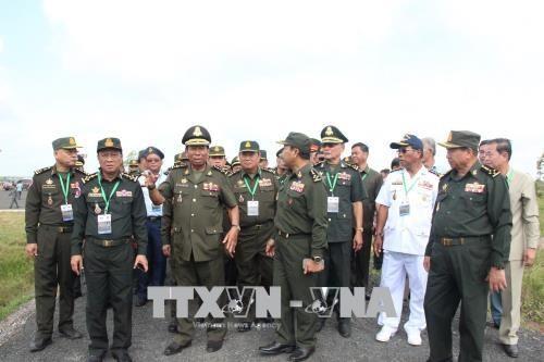 Phó Thủ tướng Campuchia thăm một số địa danh ở Bình Phước - ảnh 1
