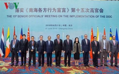 Phiên họp lần thứ 15 các quan chức cấp cao ASEAN - Trung Quốc về thực hiện DOC - ảnh 1