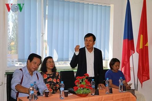 Khai giảng lớp học tiếng Việt mùa Hè tại Cộng hòa Séc - ảnh 2