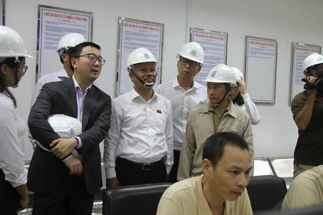 Phó Chủ tịch Quốc hội Uông Chu Lưu thị sát Nhà máy Giấy Lee & Man Việt Nam - ảnh 1