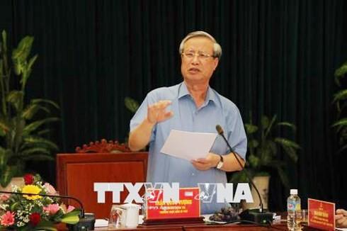 Ông Trần Quốc Vượng, Thường trực Ban Bí thư làm việc với lãnh đạo Bình Định - ảnh 1