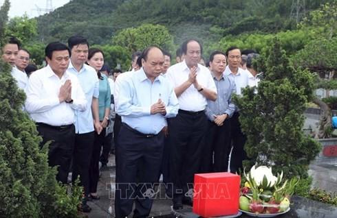 Thủ tướng Nguyễn Xuân Phúc: Tập đoàn Formosa cần nỗ lực giảm thiểu tác động đến môi trường - ảnh 2