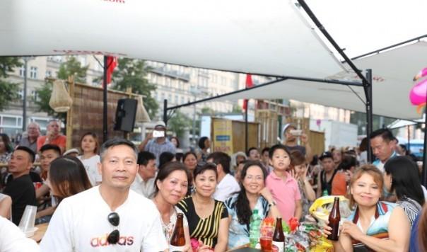 Công ty Asia Sky Tours của người Việt tham dự Liên hoan Bia quốc tế lần thứ 22 tại Berlin - ảnh 1