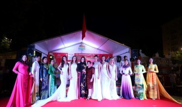 Công ty Asia Sky Tours của người Việt tham dự Liên hoan Bia quốc tế lần thứ 22 tại Berlin - ảnh 5
