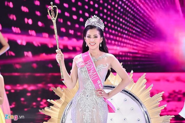 Người đẹp Trần Tiểu Vy đăng quang Hoa hậu Việt Nam 2018 - ảnh 1