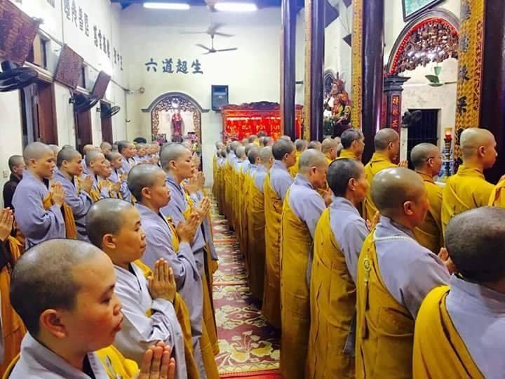 Chư tăng, phật tử Lào – Việt tại Lào cầu siêu, tưởng niệm Chủ tịch nước Trần Đại Quang - ảnh 4