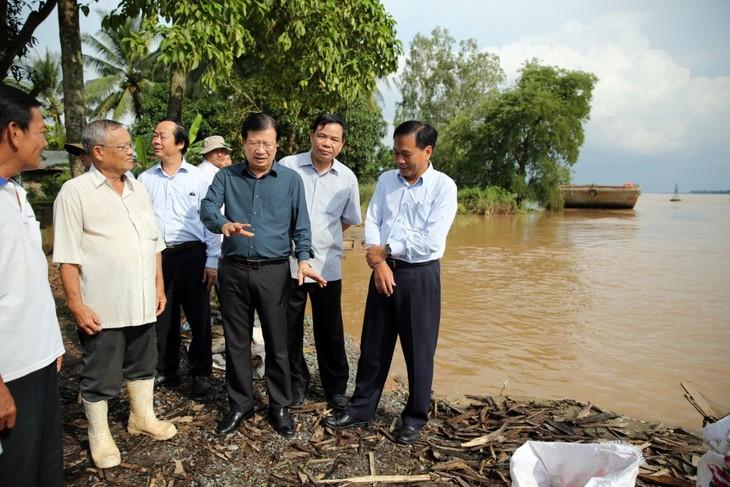 Phó thủ tướng Trịnh Đình Dũng: Khu vực Đồng bằng Sông Cửu Long chuẩn bị các phương án ứng phó với lũ - ảnh 2