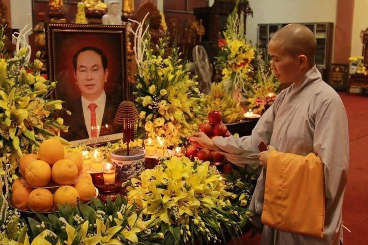 Chư tăng, phật tử Lào – Việt tại Lào cầu siêu, tưởng niệm Chủ tịch nước Trần Đại Quang - ảnh 1