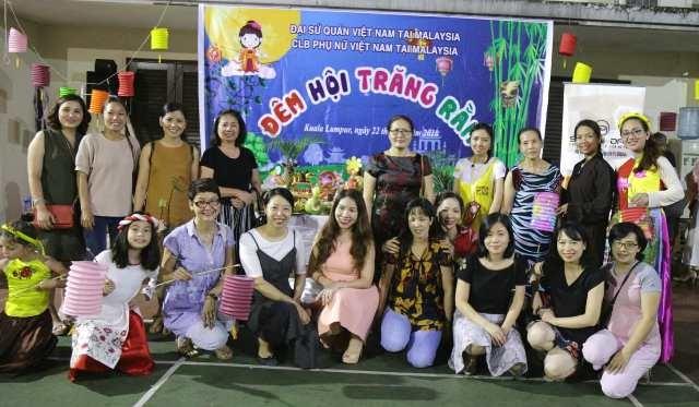 Trẻ em Việt Nam tại Malaysia vui Tết Trung thu - ảnh 2