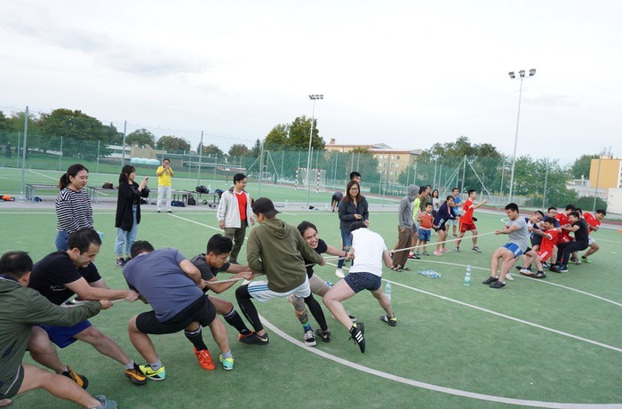 Đại hội thể dục thể thao du học sinh Việt Nam tại Cộng hòa Czech lần thứ nhất - ảnh 2