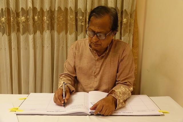 Đại sứ quán Việt Nam tại Bangladesh tổ chức Lễ viếng và mở Sổ tang nguyên Tổng Bí thư Đỗ Mười - ảnh 4