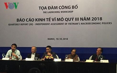 Kinh tế Việt Nam giữ vững đà tăng trưởng - ảnh 1