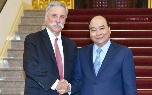 Thủ tướng Nguyễn Xuân Phúc tiếp Chủ tịch Tập đoàn Formula One - ảnh 1