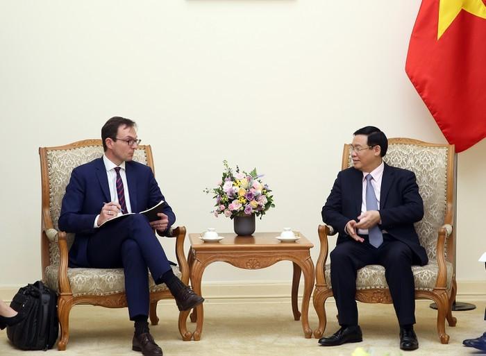 Việt Nam coi trọng hợp tác với OECD - ảnh 1