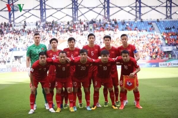 Đội tuyển bóng đá Việt Nam lọt vào top 99 đội bóng mạnh thế giới ngay đầu năm mới Kỷ Hợi 2019 - ảnh 1