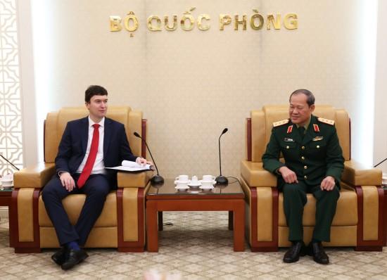Thứ trưởng Bộ Quốc phòng Việt Nam, tiếp Thứ trưởng Bộ Ngoại giao Cộng hòa Czech - ảnh 1
