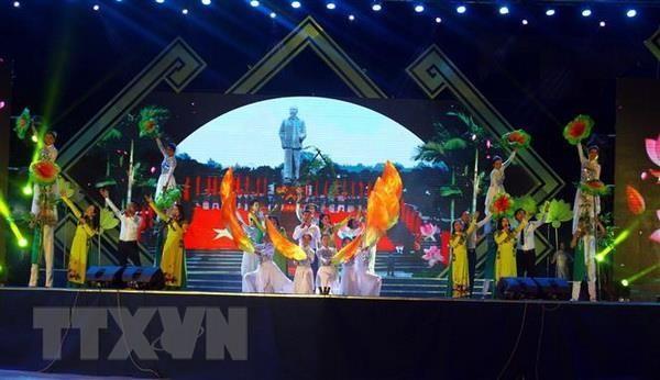 Khai mạc Lễ hội Làng Sen năm 2019 - ảnh 1