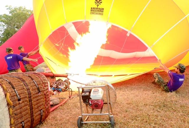 Lướt trên không trung cùng khinh khí cầu - ảnh 7