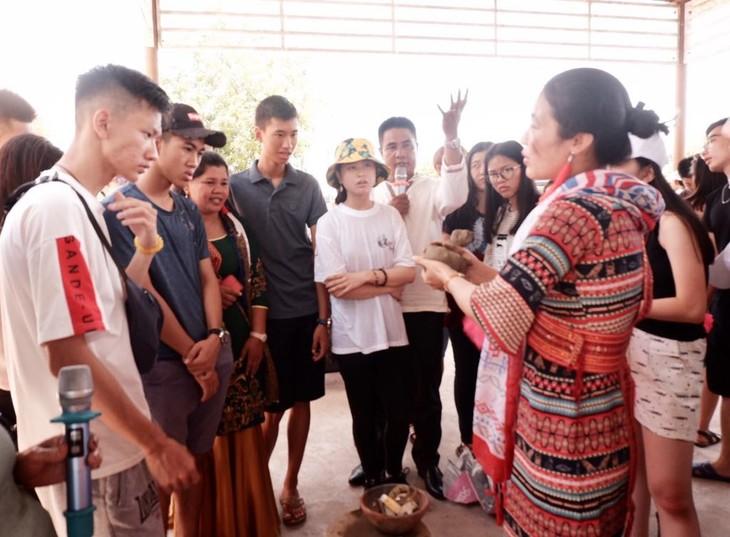 Khám phá các giá trị văn hóa của vùng đất nắng gió Ninh Thuận - ảnh 14