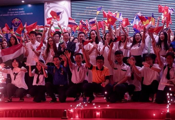 Trại hè Việt Nam 2019: Cất giữ trong tim hình ảnh quê hương - ảnh 1
