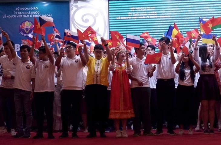 Trại hè Việt Nam 2019: Cất giữ trong tim hình ảnh quê hương - ảnh 4