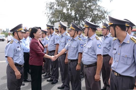 Phó Chủ tịch nước Đặng Thị Ngọc Thịnh thăm và làm việc với Vùng 4 Hải quân - ảnh 1