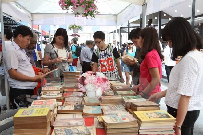 В городе Хошимин была официально открыта книжная улица - ảnh 1
