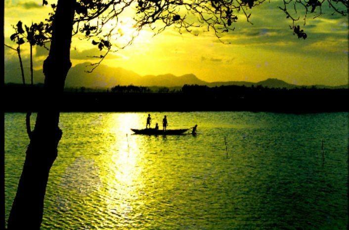 Красота горы Ан и реки Ча в провинции Куангнгай - ảnh 2