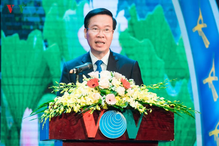 Журналисты радио «Голос Вьетнама» с увлечением занимаются внешним информированием - ảnh 3