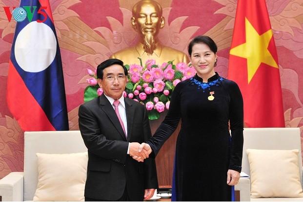 Нгуен Тхи Ким Нган приняла вице-президента Лаоса - ảnh 1