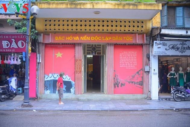 Место, где президент Хо Ши Мин написал Декларацию независимости Вьетнама - ảnh 1