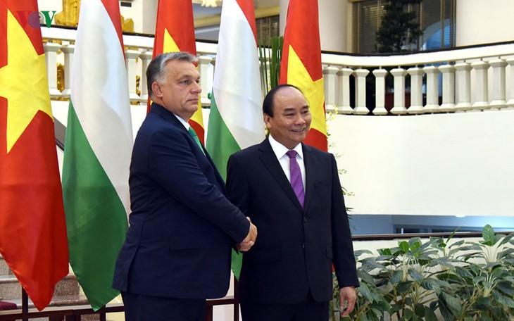 Совместное вьетнамо-венгерское заявление - ảnh 1