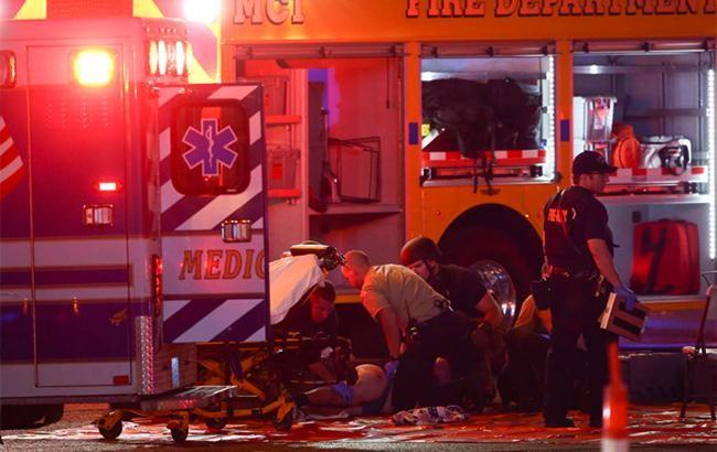 Резко возросло число пострадавших в результате стрельбы в Лас-Вегасе - ảnh 1