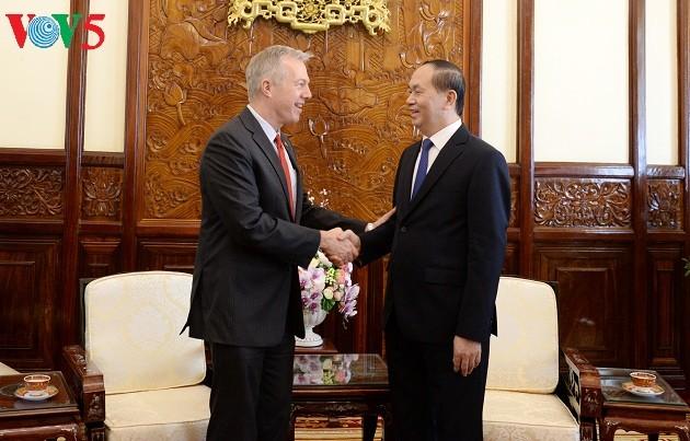 Президент Вьетнама Чан Дай Куанг принял американского посла - ảnh 1