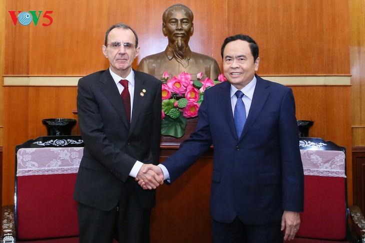 Укрепление вьетнамо-российских традиционных дружеских отношений - ảnh 1