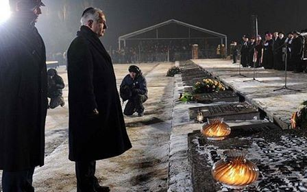 Израиль и Польша начнут переговоры по законопроекту о Холокосте - ảnh 1