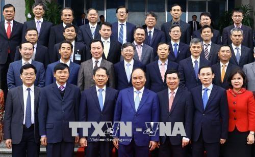 Нгуен Суан Фук: Дипломаты должны быть послами культуры и экономики - ảnh 1