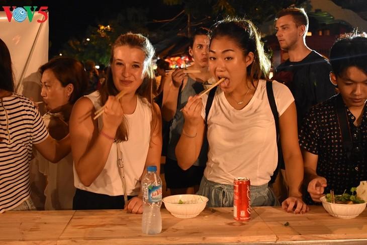Хойан – новый кулинарный центр Вьетнама - ảnh 4