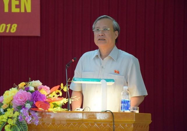 Постоянный член Секретариата ЦК КПВ Чан Куок Выонг провёл встречу с парткомом провинции Куангнгай - ảnh 1