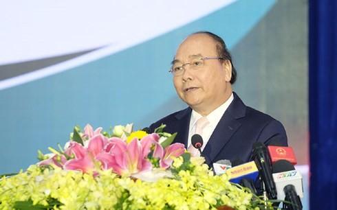 Премьер Вьетнама провёл рабочую встречу с руководством провинции Биньфыок - ảnh 1