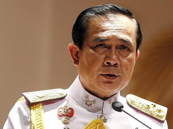 รัฐบาลไทยพิจารณาแนวทางการผลักดันเศรษฐกิจ - ảnh 1