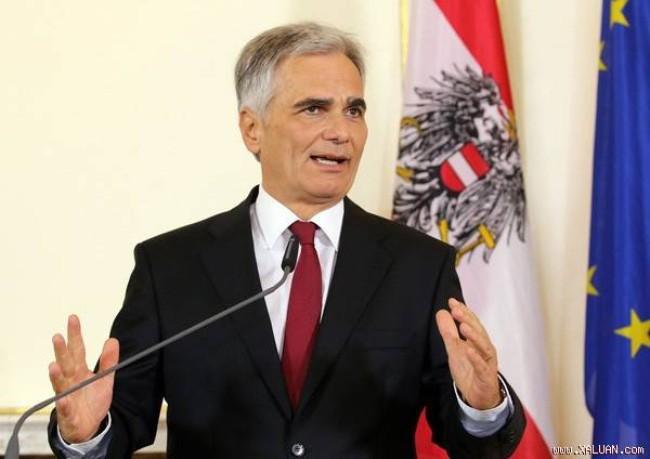 ออสเตรียเรียกร้องให้เยอรมนีเปลี่ยนแปลงนโยบายต่อผู้อพยพ - ảnh 1