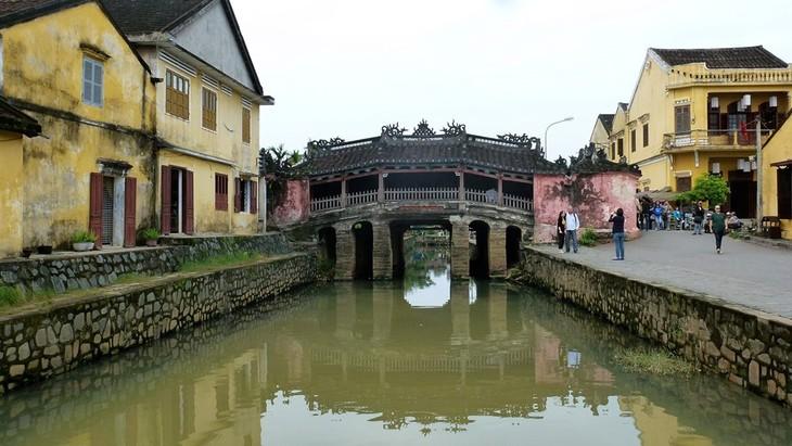 สะพานที่มีอายุนับร้อยปีในเวียดนาม - ảnh 4
