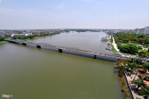 สะพานที่มีอายุนับร้อยปีในเวียดนาม - ảnh 8