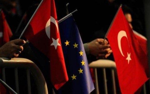 ตุรกีอาจจัดการลงประชามติเกี่ยวกับการเจรจาเพื่อขอเข้าเป็นสมาชิกของอียู - ảnh 1