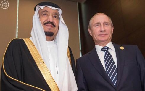 ประธานาธิบดีรัสเซียและกษัตริย์แห่งซาอุดีอาระเบียหารือเกี่ยวกับปัญหาระหว่างประเทศที่สำคัญ - ảnh 1