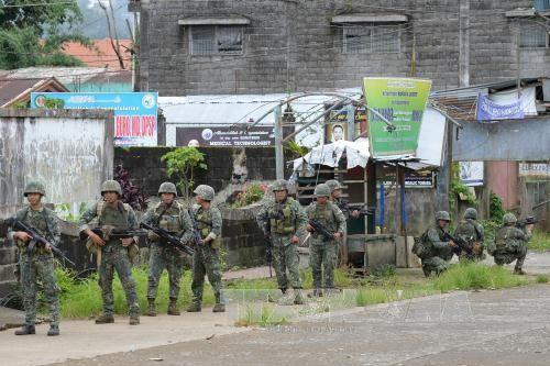 เจ้าหน้าที่ฟิลิปปินส์ยืนยันควบคุมสถานการณ์ในเขตมินดาเนา - ảnh 1