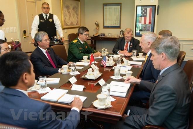 ก้าวพัฒนาใหม่ของความร่วมมือด้านความมั่นคงและกลาโหมระหว่างเวียดนามกับสหรัฐ - ảnh 1