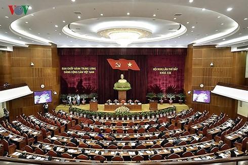 เปิดการประชุมเจ้าหน้าที่ทั่วประเทศเกี่ยวกับการศึกษาและปฏิบัติมติการประชุมคณะกรรมการกลางพรรคครั้งที่7 - ảnh 1
