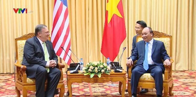 นายกรัฐมนตรีเวียดนามให้การต้อนรับรัฐมนตรีต่างประเทศสหรัฐ - ảnh 1